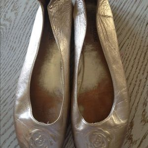 Shoes - Taryn Rose gold leather ballet flat